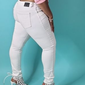 Denim - White fitted jeans